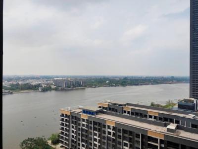 For SaleCondoRattanathibet, Sanambinna : Urgent sale !! The Politan Rive, a condo along the Chao Phraya River.