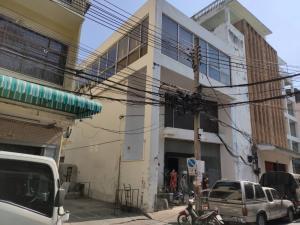 For RentShophousePha Nakorn, Yaowarat : ** Commercial building ** for rent, Soi Mungkorn, Yaowarat