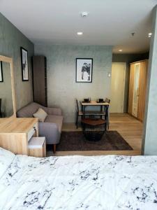 เช่าคอนโดบางซื่อ วงศ์สว่าง เตาปูน : ให้เช่าคอนโด รีเจ้นท์โฮม บางซ่อน 28 ห้องใหม่ ห้องสวย น่าอยู่มากก มีเครื่องซักผ้าฝาหน้า!! Regent Home Bangson 28