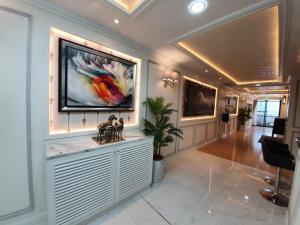 For RentCondoSukhumvit, Asoke, Thonglor : 🔥Las Colinas 2 bedrooms (198 Sq.m.) 🔥 (BTS Asoke, Sukhumvit 21)