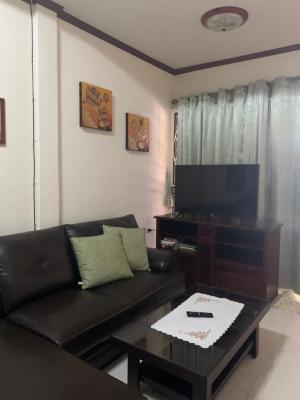 For RentTownhousePattaya, Bangsaen, Chonburi : เช่าด่วน ทาวเฮาส์ ใจกลางเมือง พัทยากลางซอย 8/1 Urgent rent 17,000 Townhouse at prime location Pattaya