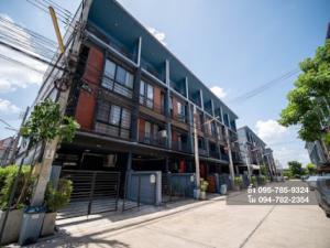 For SaleTownhouseChengwatana, Muangthong : Cheap sale !! Townhome Haus 35 Chaengwattana corner room 21 sq m, 3.5 floors, width 5 m, suitable for office, special price !!