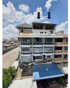 ขายตึกแถว อาคารพาณิชย์อารีย์ อนุสาวรีย์ : BS692ขายอาคารพาณิชย์สองคูหา 5 ชั้นครึ่ง ย่านดินแดง เดินทางสะดวกใกล้ทางด่วน