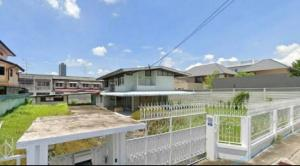 For RentHouseOnnut, Udomsuk : OHM065 2 storey detached house for rent, area 200 sq.wa., parking in the house 10-15 cars, suitable for business, cafes, Soi Phueng Mi, near BTS Bang Chak