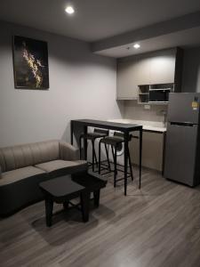 เช่าคอนโดราชเทวี พญาไท : ไอดีโอ โมบิ รางน้ำ 1ห้องนอน ชั้น22  35 ตรม  ห้องใหม่