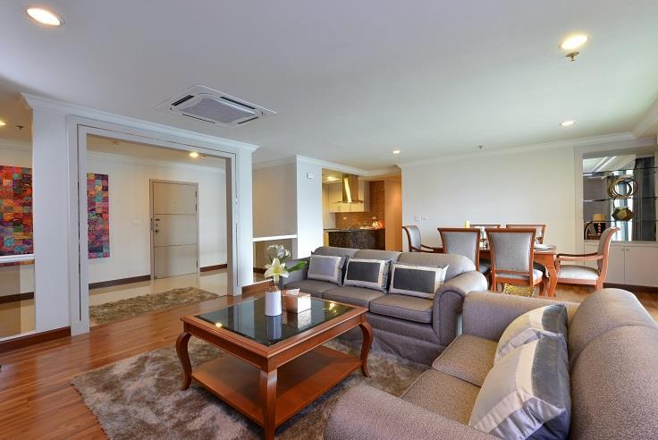 For RentCondoSukhumvit, Asoke, Thonglor : 3119-A😊 For RENT 3 bedroom for rent 🚄 Near MRT Sukhumvit 🏢 GP Grand Tower GP Grande Tower🔔 Area: 180.00 sq.m. 💲 Rent: 75,000 ฿ 📞O88-7984117, O65-9423251✅LineID: @sureresidence