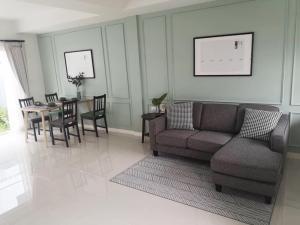 For RentTownhouseBangna, Lasalle, Bearing : ให้เช่าทาวน์โฮม  Indy บางนา-ราม 2 ใกล้เมกะบางนา 3 ห้องนอน 3 ห้องน้ำ ตกแต่งสวยมาก เฟอร์ครบ พร้อมอยู่
