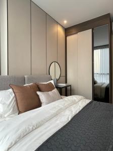 For RentCondoSukhumvit, Asoke, Thonglor : For Rent - Oka Sukhumvit 36 [41 sq m] West, beautiful view, 2 bedrooms, 1 bathroom, best price.