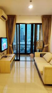 For SaleCondoRatchadapisek, Huaikwang, Suttisan : Sell IDEO Ratchada-Huaykwang, near MRT Huay Kwang 50 meters, room number, Mongkhon, furniture and appliances are ready.