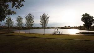 ขายบ้านนวมินทร์ รามอินทรา : 🏡 ขายบ้าน มัณฑนา เลค วัชรพล 🏡สังคมคุณภาพที่พร้อมเพิ่อวันนี้และอนาคต ส่วนกลางทะเลสาบ 50ไร่ ติดอุโมงต้นไม้ขนาดใหญ่ หลังใหญ่ แปลงสวย