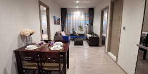 For RentCondoRama9, RCA, Petchaburi : For rent: Life Asoke Rama9, new room, 55 sqm, 2 bedrooms.
