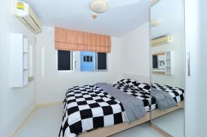 For RentCondoRattanathibet, Sanambinna : For rent Lumpini Condo Town Rattanathibet 💫💰 Rental 4,500 baht per month including common area 🌟 Ready to move in.