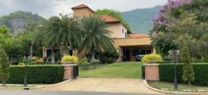 For SaleHouseKorat KhaoYai Pak Chong : New house, good location in the village of Villa Nova Khao Yai