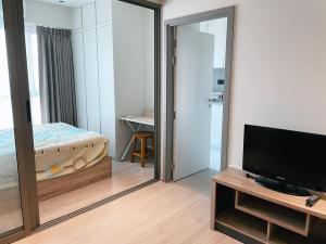 เช่าคอนโดท่าพระ ตลาดพลู : 27 ตร.ม. ชั้น 18 #กั้นห้องนอนเป็นสัดส่วน #วิสซ์ดอมสเตชั่นรัชดา-ท่าพระ Whizdom Station Ratchada-Thapra
