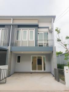 For SaleTownhouseRangsit, Patumtani : Townhome for sale, Chuanchuen, Klong 1, Rangsit, after the corner, hand condition 1