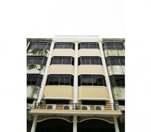 For RentShophouseBang kae, Phetkasem : 4.5 storey commercial building for rent, Soi Petchkasem 67/1, near Big C Phetkasem, near the train, only 200 meters away from the main road.