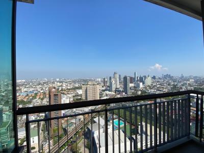 For SaleCondoSukhumvit, Asoke, Thonglor : RHYTHM Sukhumvit 42 Floor 35 (2 bed 2 bath 78Sqm.) The best location in Ekkamai.