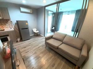 For RentCondoLadprao, Central Ladprao : Modish Condo for rent, Soi Ladprao 18, ready to move in, fully furnished.