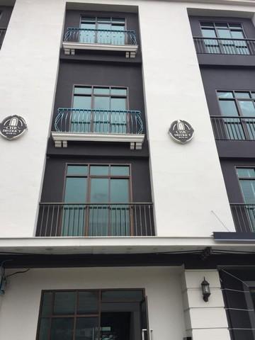 เช่าตึกแถว อาคารพาณิชย์เลียบทางด่วนรามอินทรา : ให้เช่าโฮมออฟฟิศ3ชั้น ย่านรามคำแหง ทาวน์อินทาวน์ โครงการชิค โฮม ออฟฟิศ เหมาะทำออฟฟิศ