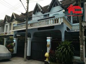 For RentTownhouseRatchadapisek, Huaikwang, Suttisan : Townhouse for rent, 2 floors, area 30 sq.wa., area 180 sq.m., 3 bedrooms, 2 bathrooms, 4 air conditioners, fully furnished, Ratchada Road, Huai Khwang District, rental price 35,000 baht / m.