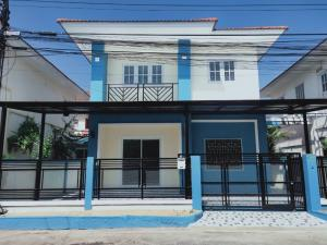 For SaleHouseRangsit, Patumtani : 2-storey house, detached house style Burirom Village, Lamlukka Klong 4