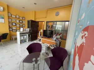 For RentOfficeChengwatana, Muangthong : Rent home office for cheap rent