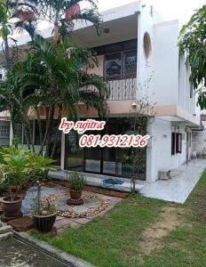 For RentHouseOnnut, Udomsuk : 2-storey house for rent, 96 square wah, located in Soi Wachiratham Sathit, Sukhumvit 101/1