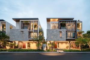 ขายบ้านพัฒนาการ ศรีนครินทร์ : ขาย วิลล่าหรู By SC Asset ทำเลพัฒนาการ 4นอน 5น้ำ 3ที่จอดรถ 440ตร.ม. ราคาดีที่สุด สนใจนัดชมบ้านจริงได้ค่ะ^^โทร062-424-5474
