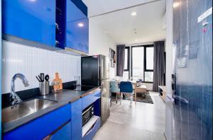 For RentCondoSukhumvit, Asoke, Thonglor : POJ 263 XT Ekkamai condo for rent, modern style, new room, fully furnished, rent only 20,000 baht !!!
