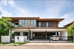 For SaleHouseLadkrabang, Suwannaphum Airport : Luxury detached house for sale, area 132 sq m., Burasiri village, new On Nut development. Ready to move in