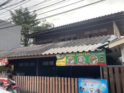 For SaleLandRama9, RCA, Petchaburi : Land for sale on Petch Rama Road Near the main road Rama 9