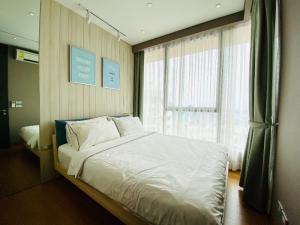 เช่าคอนโดสุขุมวิท อโศก ทองหล่อ : Owner Post : ปล่อยเช่าด่วน 1 ห้องนอน 26 sq.m.  ห้องวิวแม่น้ำ ชั้นสูง : River view, High Floor