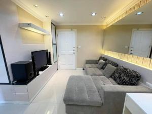 For RentCondoRama9, RCA, Petchaburi : Condo for rent: Lumpini Place Rama 9 (MRT Rama 9) FOR RENT: Lumpini Place Rama 9 (MRT Rama 9)