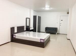 For RentCondoRatchadapisek, Huaikwang, Suttisan : Condo for rent in Ratchada area.