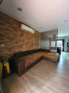 For SaleHome OfficeNawamin, Ramindra : Urgent sale !! Home office, next to the main road, near the BTS