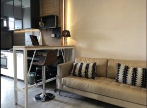 For RentCondoSathorn, Narathiwat : For Rent THE ROOM Sathon-St.Louise 35sqm 5th floor