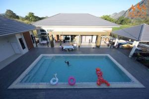 For SaleHouseKorat KhaoYai Pak Chong : Beautiful house with swimming pool, private view.