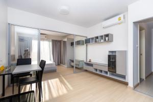For RentCondoRama9, RCA, Petchaburi : rent Supalai veranda rama 9 13,500/month 📍