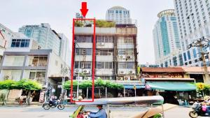 For SaleShophouseRatchathewi,Phayathai : Commercial building in Pratunam, Ratchaprarop area, 5.5 floors high, on an area of 23 sq m.