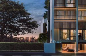 ขายบ้านพระราม 3 สาธุประดิษฐ์ : ็House For sale Mews Yen Akat by Raimon Land 5 bedrooms 4 bathrooms  3 car parks + 1 maid's room.