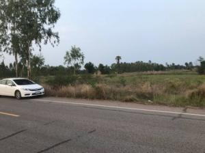For SaleLandKhon Kaen : Land for sale with title deed, the owner can sell by himself, can lift the plot or divide it for sale, Ban Fang District, Khon Kaen Province.