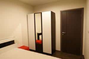 For RentCondoOnnut, Udomsuk : The Base Park East Sukhumvit 77 for rent 1 Bed 1 Bath FULLY FURNISHED