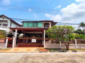 For SaleHouseMin Buri, Romklao : House for sale on the road, large land