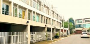 เช่าทาวน์เฮ้าส์/ทาวน์โฮมพัฒนาการ ศรีนครินทร์ : For Rent TownHome ให้เช่าทาวน์โฮม Noble Cube พัฒนาการ (PST Ann216)
