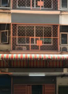 For RentShophouseWongwianyai, Charoennakor : Rent now !!! Commercial building