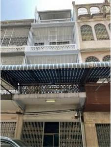 เช่าตึกแถว อาคารพาณิชย์สีลม ศาลาแดง บางรัก : รหัสC4015 ให้เช่าอาคารพาณิชย์ 4ชั้น ถนนพระราม4 ใกล้ MRTหัวลำโพง 600 เมตร