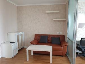 For RentCondoKhlongtoei, Kluaynamthai : Urgent for rent, LPN Place Rama 4, Kluaynamthai room, 28 sq m, 17th floor, price 9,500 baht.