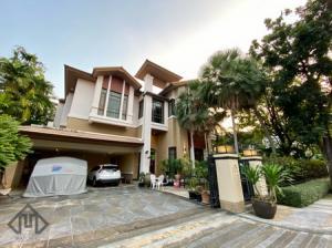 เช่าบ้านนานา : บ้าน สุขุมวิท ให้เช่า บ้านแสนสิริ สุขุมวิท 67 มีสระว่ายน้ำ 4ห้องนอน แต่งสไตล์หรู เลขที่บ้านมงคล