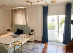 เช่าบ้านสุขุมวิท อโศก ทองหล่อ : Rental : Single House with Swimming Pool in Thonglor , 2 Storeys