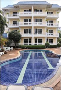 For SaleBusinesses for salePattaya, Bangsaen, Chonburi : 4 storey hotel for sale, economic location in the heart of Pattaya